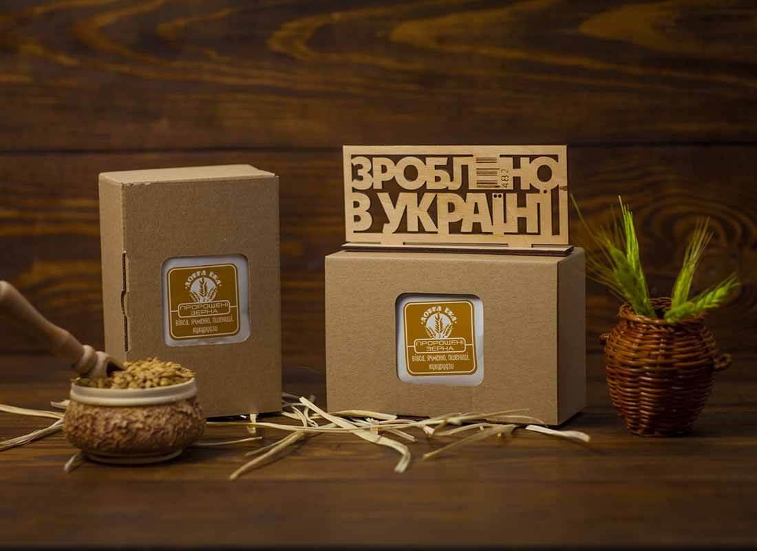 Пророщенные зерна в коробке